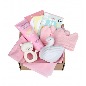 gbgixl11-lr-2_baby_gift_box_girl_xl.jpg