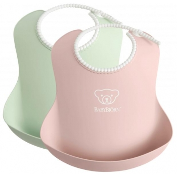 BabyBjörn Bib 2-pack Powder Green-Pink.jpg