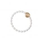 ByEloise kuldse merikarbiga valge juuksekumm/käevõru